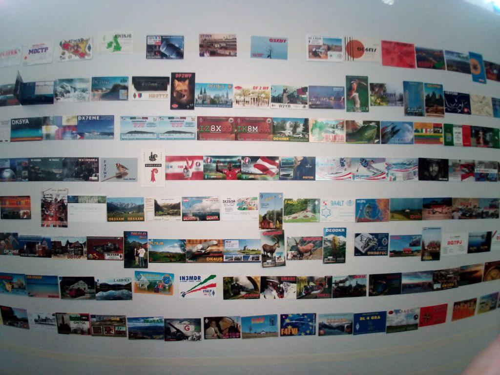 Le mur de QSL